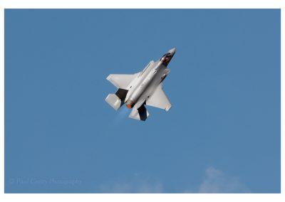 F-35 USAF climbing