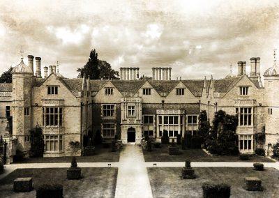 Charlecote House NT