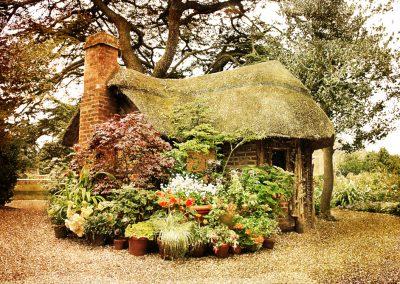 Charlecote Summer House